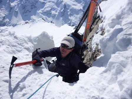 Breezy ski touring in Gran Paradiso